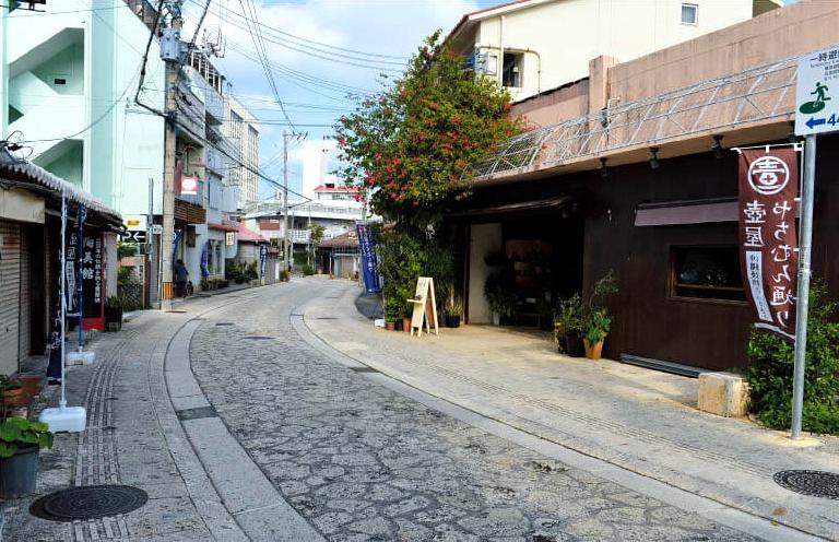 壶屋Yachimun通(壶屋陶器街)