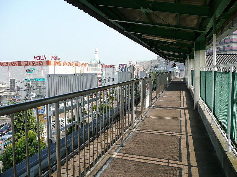 佐仓APM地区中心站站台