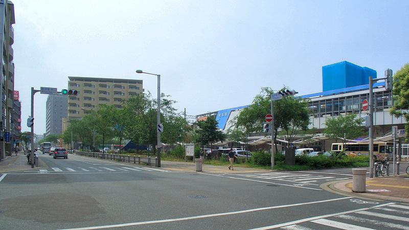 福冈地铁姪滨车站南侧