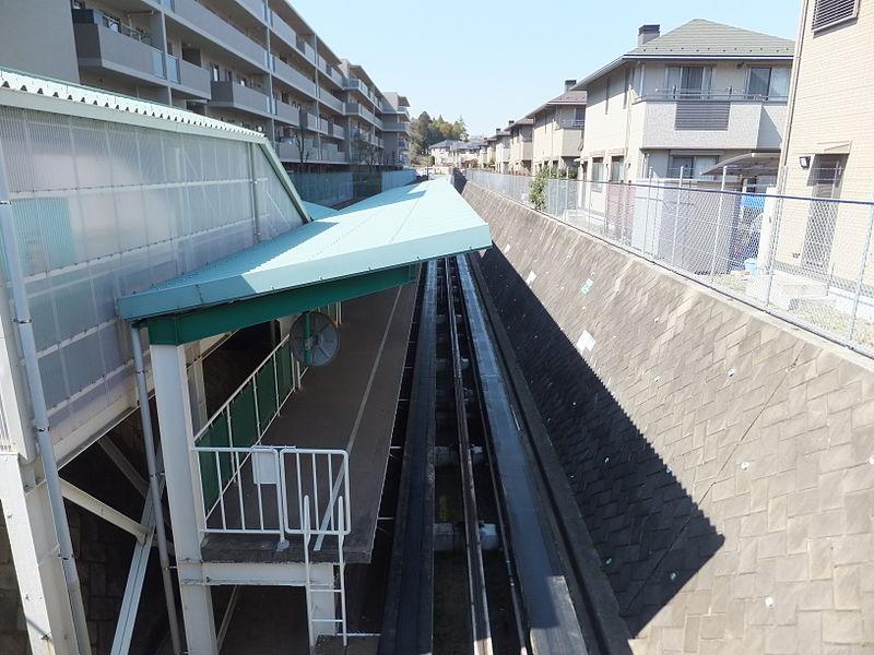 佐仓APM井野站站台