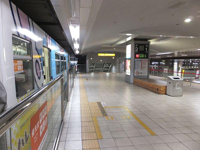 北九州单轨小仓站站台
