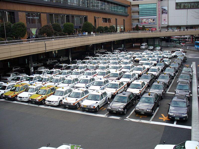 仙台站附近的出租车场站