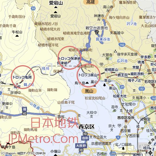 嵯峨野观光小火车位于京都