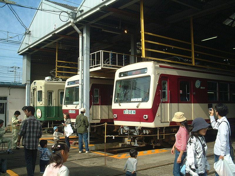 叡山电铁修学院站附近的车库
