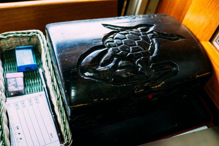指宿之玉手箱号列车上的玉手箱