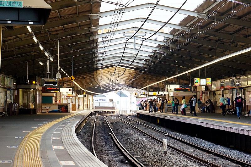圣迹樱丘站站台