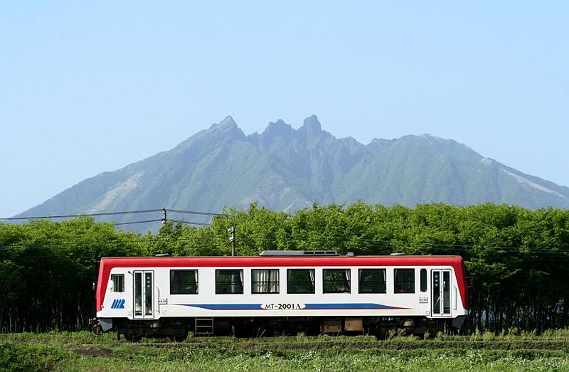 南阿苏铁道2000形列车