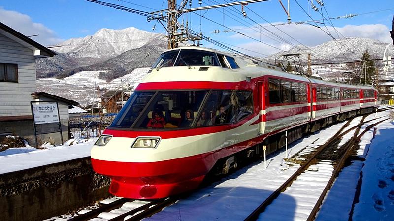 长野电铁1000系列车