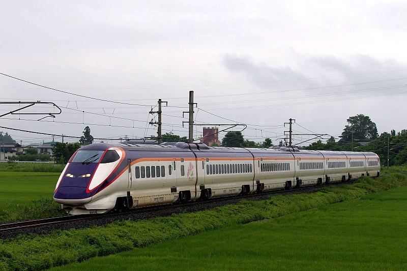 E3-2000系列车