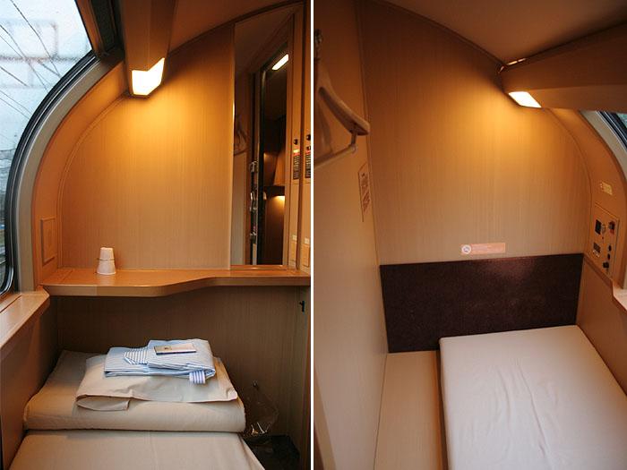 日出濑户列车位于车厢上层的单人标间
