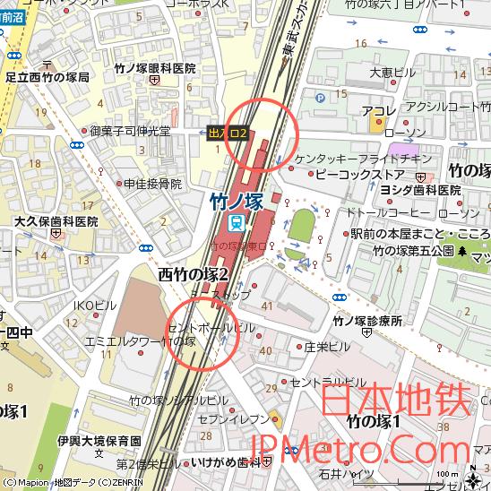 位于竹之塚站南北两侧的铁道路口