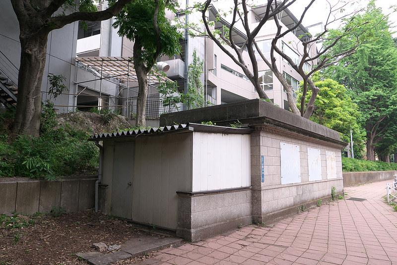 靠近上野动物园的地面出入口