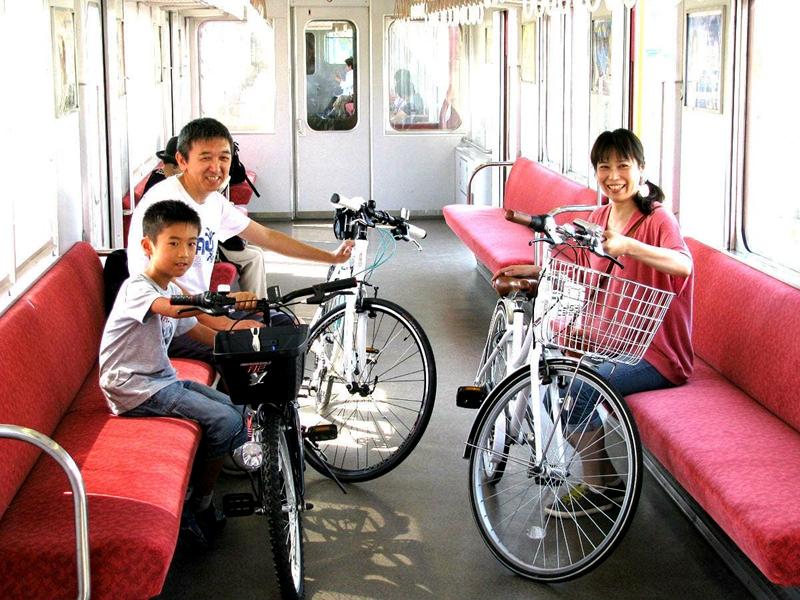 养老铁道部分时段的部分车厢乘客可携带自行车一起运转