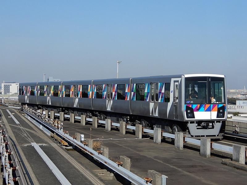 金泽海岸线2000系列车