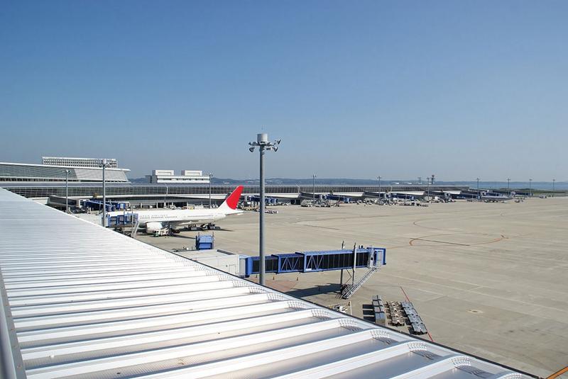 从观景平台看南侧的国际航站区
