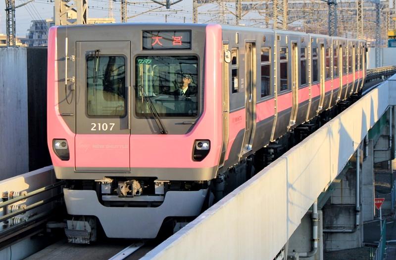 琦玉新交通伊奈线2000系列车