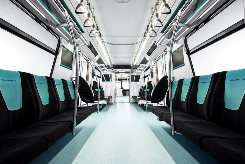琦玉新交通伊奈线2020系列车内部