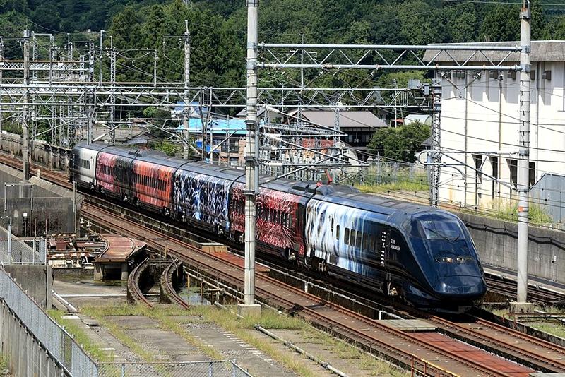 上越新干线拥有的E3系列车