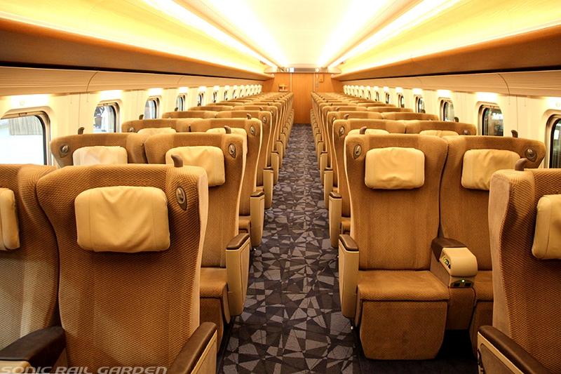 JR北海道H5系列车Green车厢内部