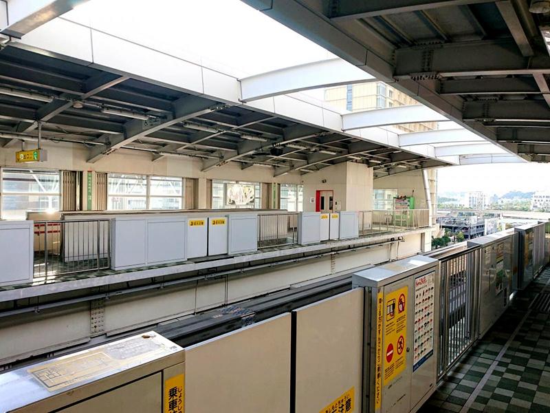 旭桥站站台