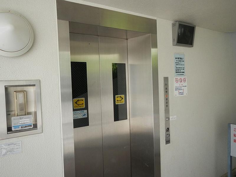 西宫名盐新城斜行电梯入口