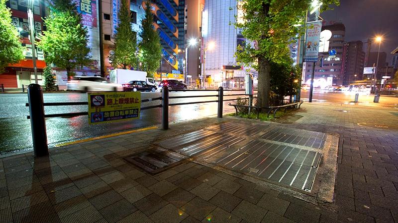 原东京地铁银座线万世桥站地面出入口