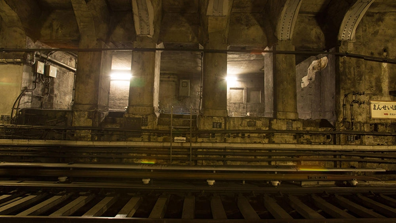 原万世桥站的临时迷你站厅