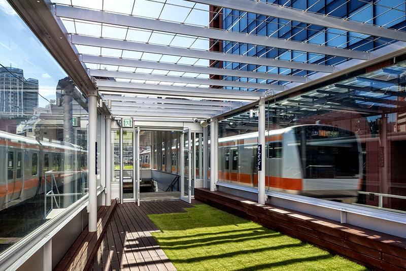 mAAch ecute全透明玻璃观景平台的最南端
