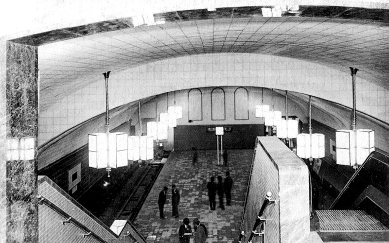 摄于1933年刚开通时的梅田站