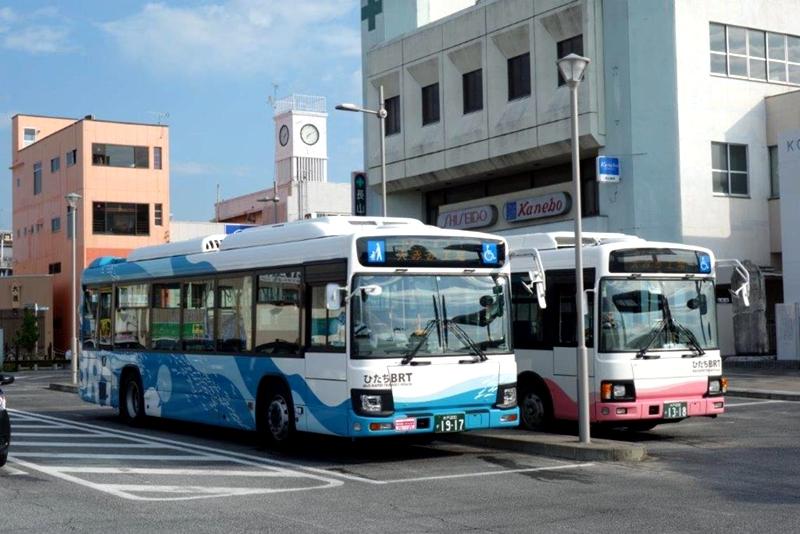 日立市BRT运营中的车辆