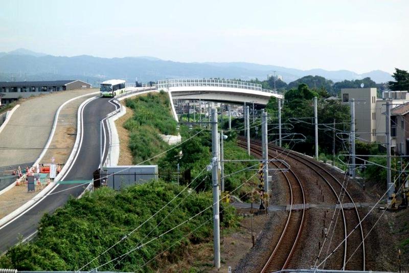 日立市BRT跨越常磐线的高架
